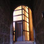 Ascensor a sótanos del castillo de Mora de Rubielos