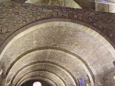 Recuperación y adecuación de sótanos en el castillo de Mora de Rubielos