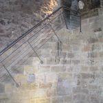 Mazmorra: escalera de acceso