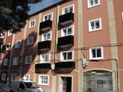 Rehabilitación del sistema envolvente y mejora de instalaciones y accesibilidad, con instalación de ascensor, en c/Anzánigo nº 14 Zaragoza